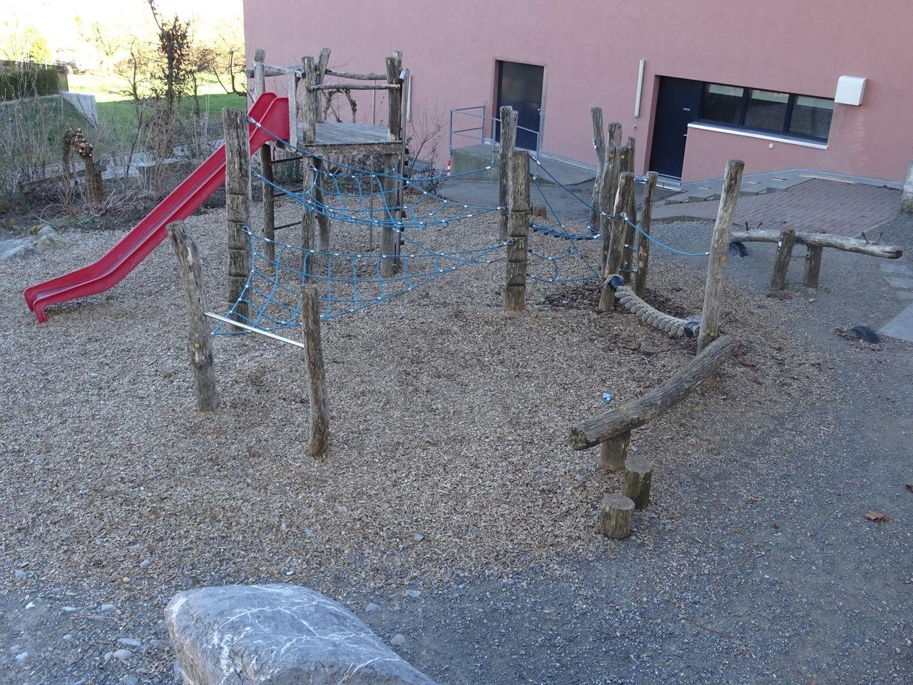 Römerswil, Spielplatz Schulhaus