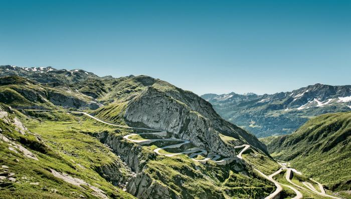 Switzerland Summer: Airolo, Tremola mit Panorama