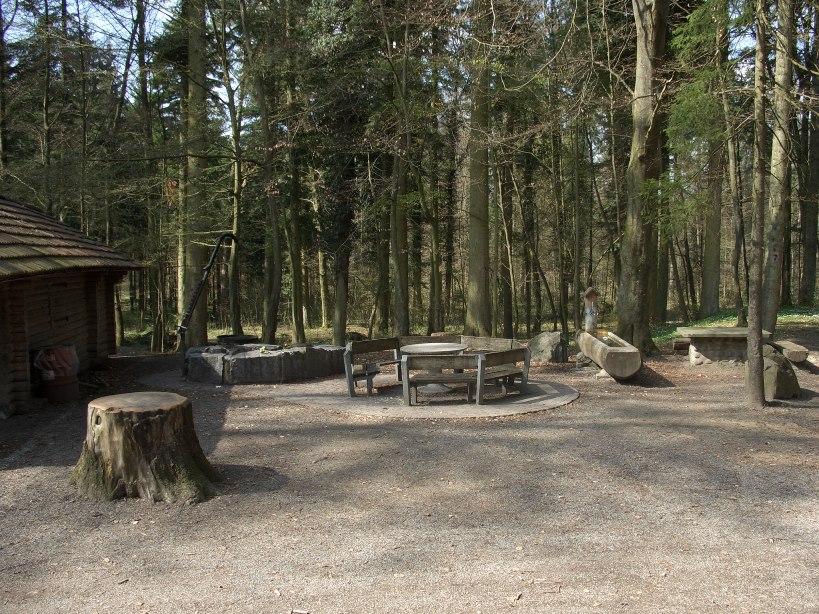 Niederlenz, Waldhütte