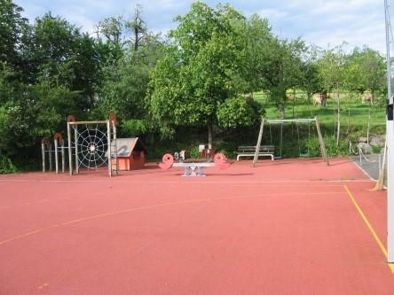 Sulz LU, Spielplatz Schulhaus