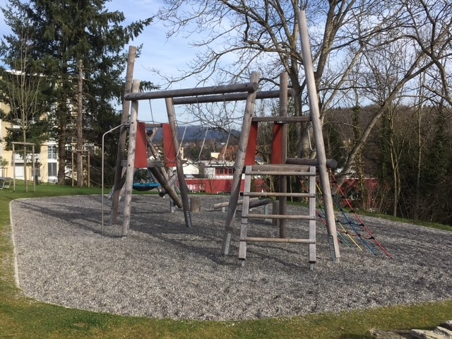 Lenzburg, Spielplatz im Lenz